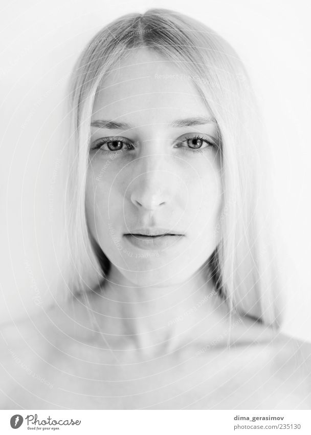 weiß schön Haut Gesicht Junge Frau Jugendliche Erwachsene 1 Mensch 18-30 Jahre blond einfach elegant Gesundheit frei feminin schwarz Begierde Freude