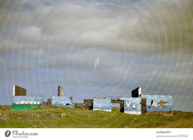 Island Kunst Kunstwerk Gemälde Umwelt Natur Landschaft Himmel Wolken Ruine Vogel alt außergewöhnlich kaputt Stimmung Wandel & Veränderung Zerstörung Einsamkeit