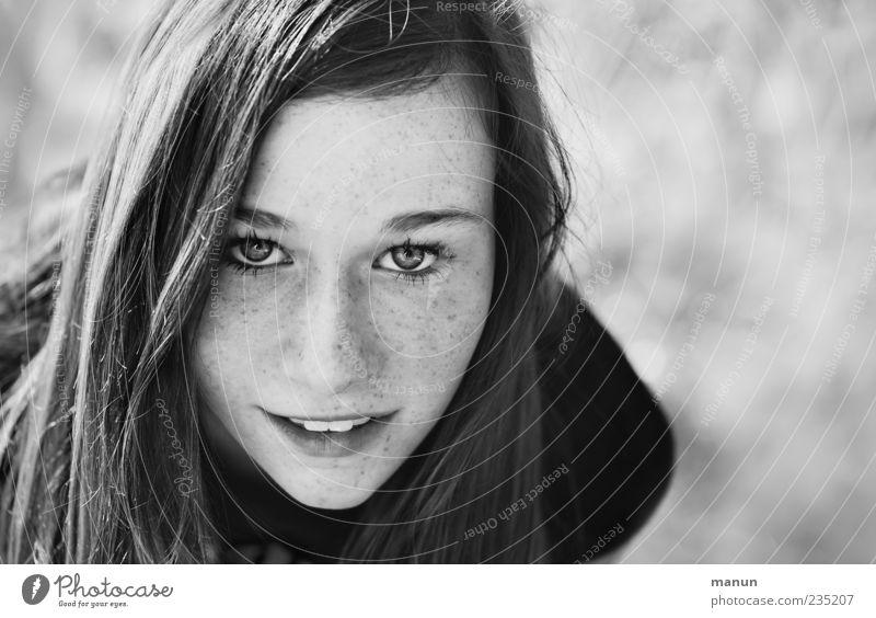 Foto von Marie Mensch Jugendliche schön Gesicht Auge Leben feminin Gefühle Haare & Frisuren Haut natürlich Fröhlichkeit authentisch Coolness Junge Frau