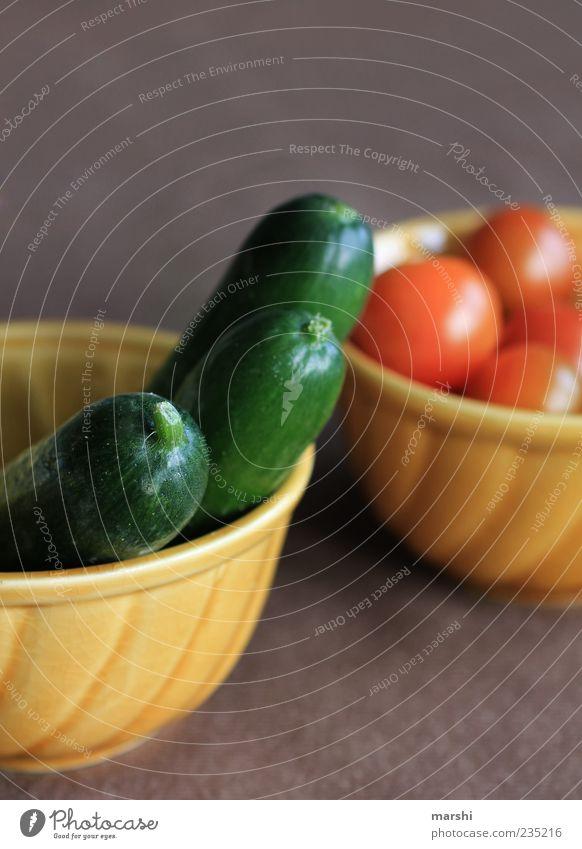 kleines feines Gemüse Lebensmittel Ernährung Bioprodukte Vegetarische Ernährung Diät Gesundheit grün rot Appetit & Hunger Tomate Cocktailtomate Gurke