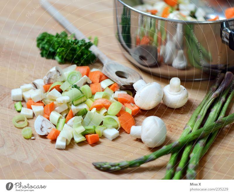 Spargelzeit & Suppengrün Ernährung Lebensmittel frisch Kochen & Garen & Backen Küche Gemüse Kräuter & Gewürze lecker Pilz Abendessen Bioprodukte Diät Topf