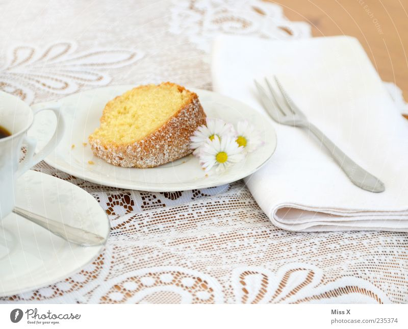 Kuchenstück Lebensmittel Dessert Ernährung Kaffeetrinken Getränk Heißgetränk Geschirr Teller Tasse Dekoration & Verzierung Feste & Feiern Blume Blüte genießen