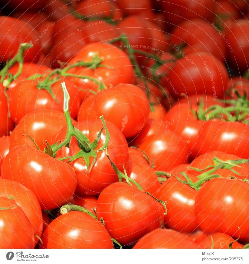 Tomatäh Lebensmittel Gemüse Ernährung Bioprodukte Vegetarische Ernährung Duft frisch lecker rund saftig rot Tomate Strauchtomate viele Farbfoto mehrfarbig