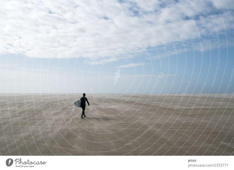 Lonesome Surfer Mensch Natur Ferien & Urlaub & Reisen Jugendliche Junger Mann Landschaft Meer Ferne Strand 18-30 Jahre Erwachsene Sport Freiheit Sand