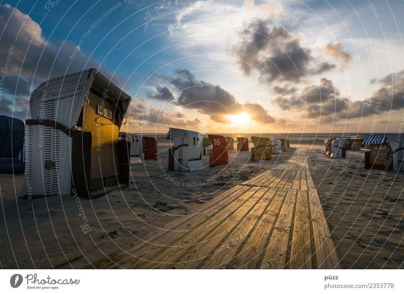 Zur Sonne Schwimmen & Baden Ferien & Urlaub & Reisen Tourismus Sommer Sommerurlaub Sonnenbad Strand Meer Insel Natur Landschaft Sand Himmel Wolken Sonnenaufgang