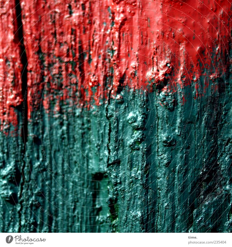 Spiekeroog | Orientierungspfosten Lack Holz grün rot Signal Warnhinweis Orientierungspunkt verfallen verwittert Farbfoto Gedeckte Farben Außenaufnahme
