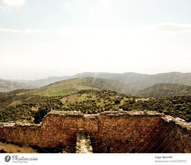 Fairyland Jordan Natur alt Pflanze Ferne Umwelt Landschaft Berge u. Gebirge Architektur Wege & Pfade Stein Feld wandern Hügel Bauwerk Aussicht fest