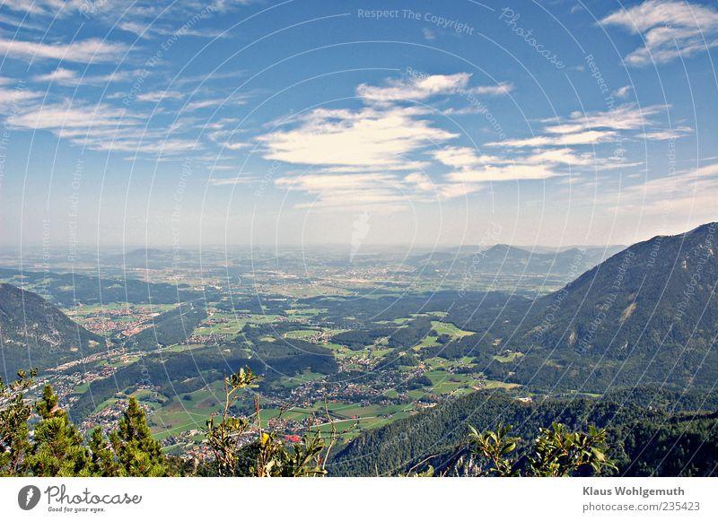 Fernweh Himmel Natur blau weiß grün Pflanze Sommer Wolken Wald Ferne Erholung Landschaft Berge u. Gebirge Freiheit Glück Horizont