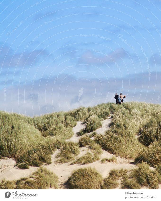 Dem Sommer entgegen Ferien & Urlaub & Reisen Tourismus Ausflug Sommerurlaub Mensch Natur Landschaft Himmel Schönes Wetter Küste Bewegung Stranddüne Dünengras