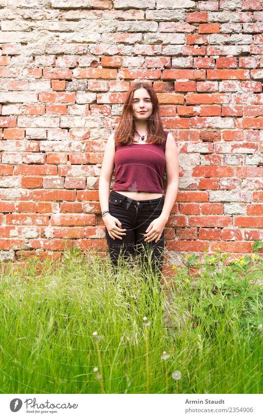 Porträt Lifestyle Stil Freude Glück schön Leben harmonisch Wohlgefühl Zufriedenheit Sinnesorgane Erholung ruhig Sommer feminin Junge Frau Jugendliche Erwachsene