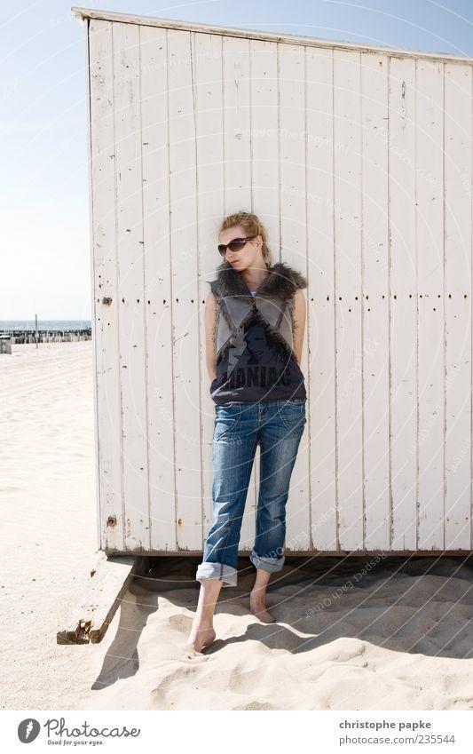 bliss Mensch Jugendliche schön Ferien & Urlaub & Reisen Sonne Meer Sommer Strand ruhig Erwachsene Erholung feminin Freiheit Stil träumen Zufriedenheit