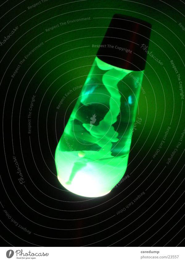Lavaschlange grün Lampe dunkel Häusliches Leben Lavalampe
