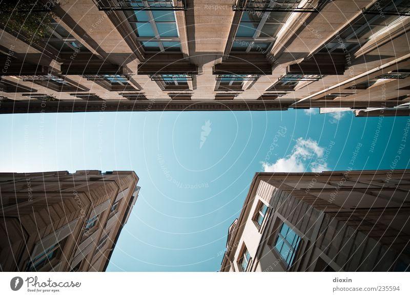 T-Time Himmel Wolken Haus Fenster Wand Architektur Mauer Gebäude Fassade hoch außergewöhnlich Europa Buchstaben Schönes Wetter Bauwerk Paris