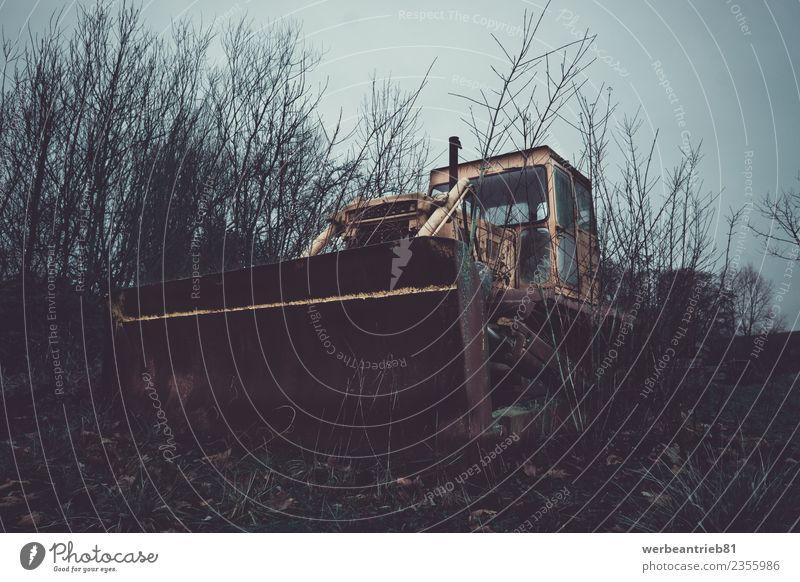 Alte Industriemaschine Hausbau Renovieren Gartenarbeit Wirtschaft Güterverkehr & Logistik Baustelle Maschine Baumaschine Umwelt Natur Bagger alt
