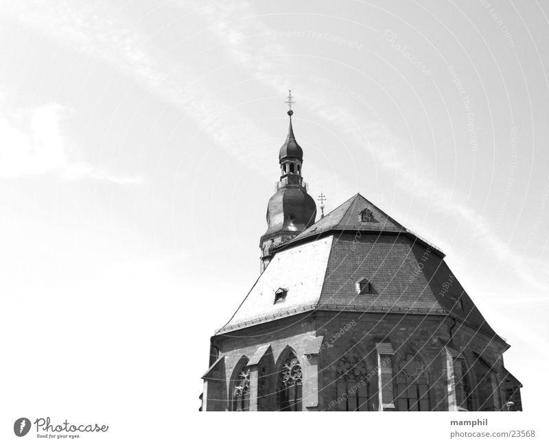 Heidelberger Kirchenimpressionen Himmel Religion & Glaube Turm historisch Schönes Wetter Christentum Marktplatz Gotteshäuser Schwarzweißfoto Sommertag Heidelberg