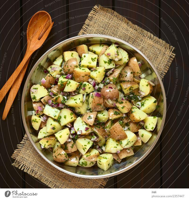 Kartoffelsalat mit Zwiebeln und Kräutern Gemüse Kräuter & Gewürze Vegetarische Ernährung natürlich Lebensmittel Kartoffeln Salatbeilage geschnitten Petersilie