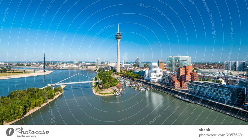 Düsseldorf Panorama Ferien & Urlaub & Reisen Stadt Architektur Gebäude Deutschland Skyline Hafenstadt Großstadt