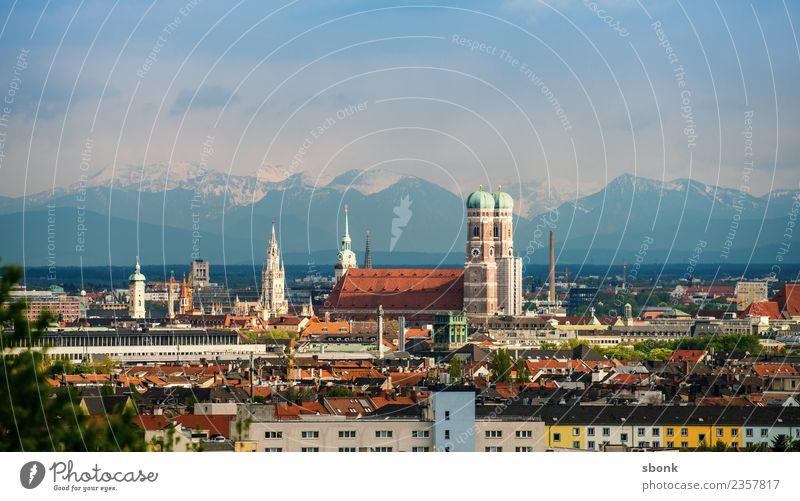 Münchener Frauenkirche und Alpenpanorama Ferien & Urlaub & Reisen Sommer Berge u. Gebirge Deutschland Skyline Bayern Großstadt