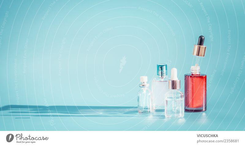 Moderne Kosmetikprodukte in den Flaschen mit Pipetten schön Gesundheit Hintergrundbild Stil Design Haut kaufen Wellness Beautyfotografie Medikament Creme