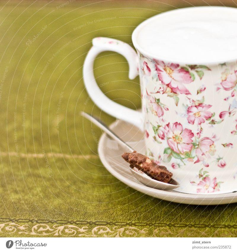 Milky Coffee harmonisch Wohlgefühl Zufriedenheit Erholung Gastronomie Dekoration & Verzierung Kitsch Krimskrams trinken ästhetisch schön süß braun gold grün
