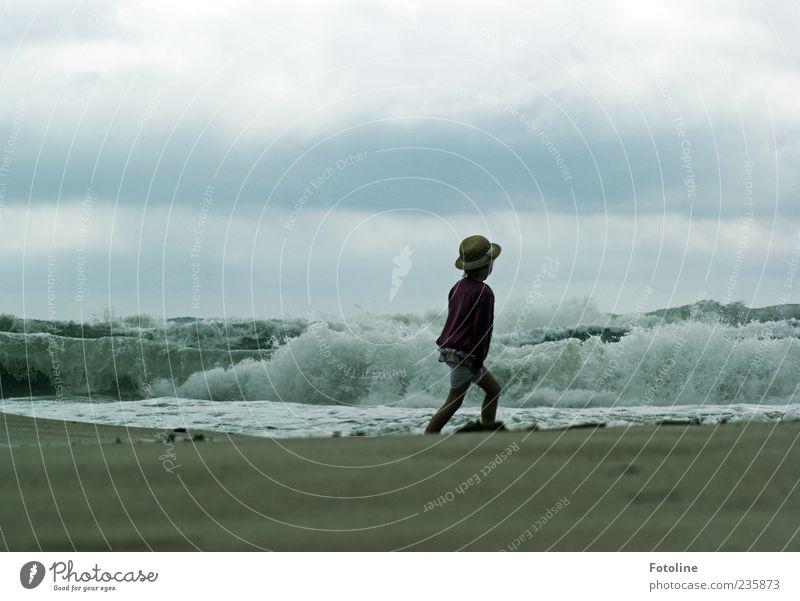 Baden verboten! Mensch Kind Mädchen Kindheit Umwelt Natur Urelemente Erde Sand Wellen Küste Strand Meer dunkel nass wild Hut gehen laufen Wellengang Wellenkamm
