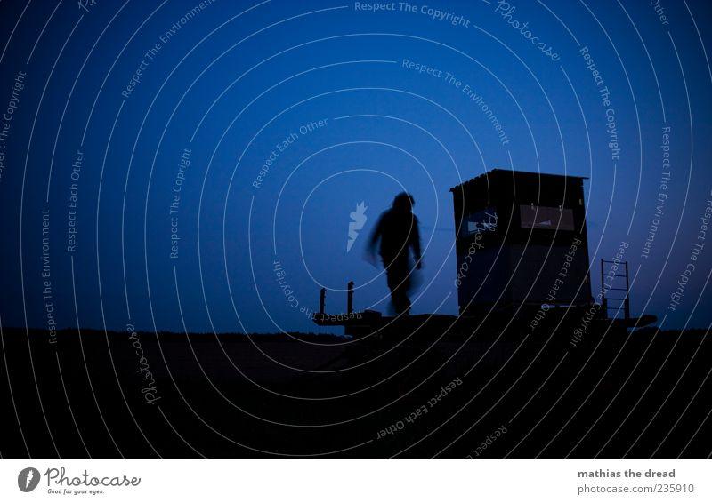 DUNKEL WARS Mensch Himmel Einsamkeit Erwachsene dunkel Fenster Bewegung gehen maskulin 18-30 Jahre geheimnisvoll gruselig Dynamik Leiter unheimlich