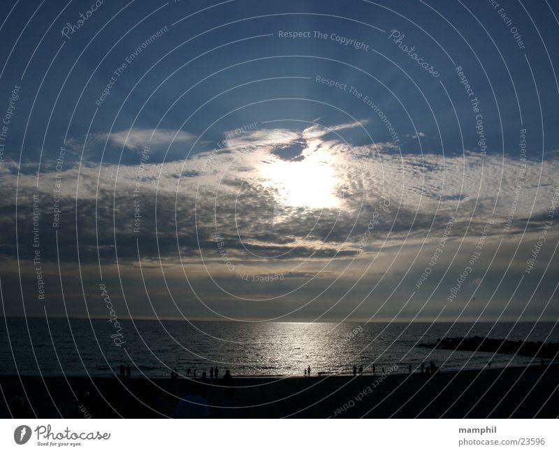 Abendstimmung an der Nordsee Mensch Himmel Sonne Meer Strand Wolken See Dänemark Agger Vestervig