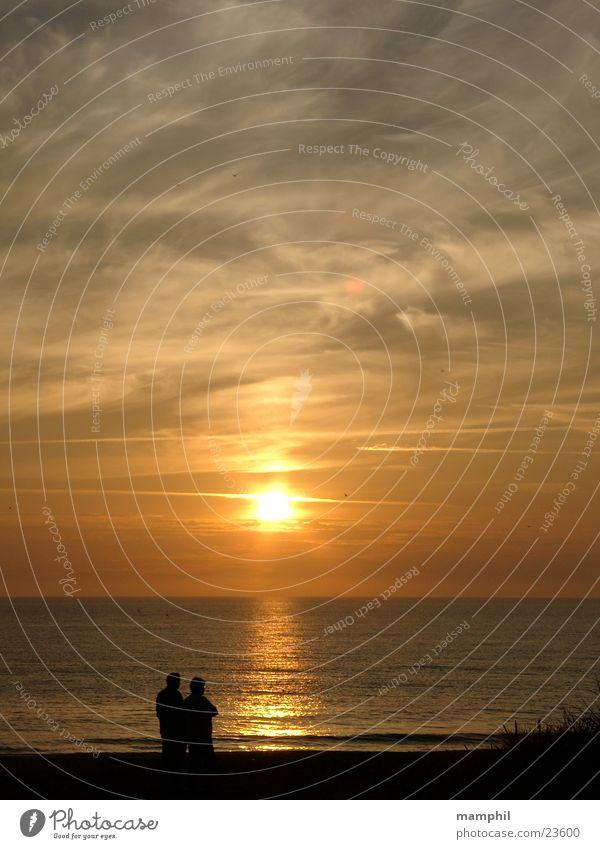 Sunset in Denmark #1 Mensch Wasser Sonne Meer Strand Spaziergang Nordsee Dänemark Agger Vestervig