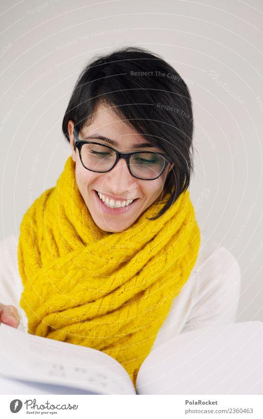 #A# Lesen Kunst ästhetisch Schal Frau Freundlichkeit Lächeln lachen gelb Buch lesen Suche Studium Brille Printmedien Farbfoto Gedeckte Farben Innenaufnahme