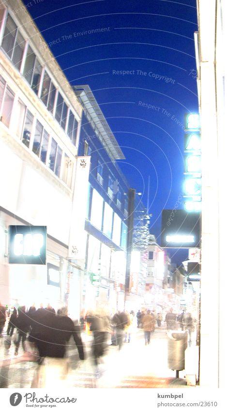 Nachacht Fußgängerzone 8 Nacht erleuchten Freizeit & Hobby Abend nach hell