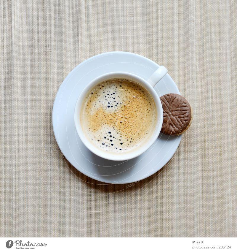 Lieblingskeks an Kaffee weiß braun Lebensmittel Ernährung Getränk süß Kaffee Symbole & Metaphern heiß Süßwaren lecker Geschirr Tasse Duft Schokolade Backwaren
