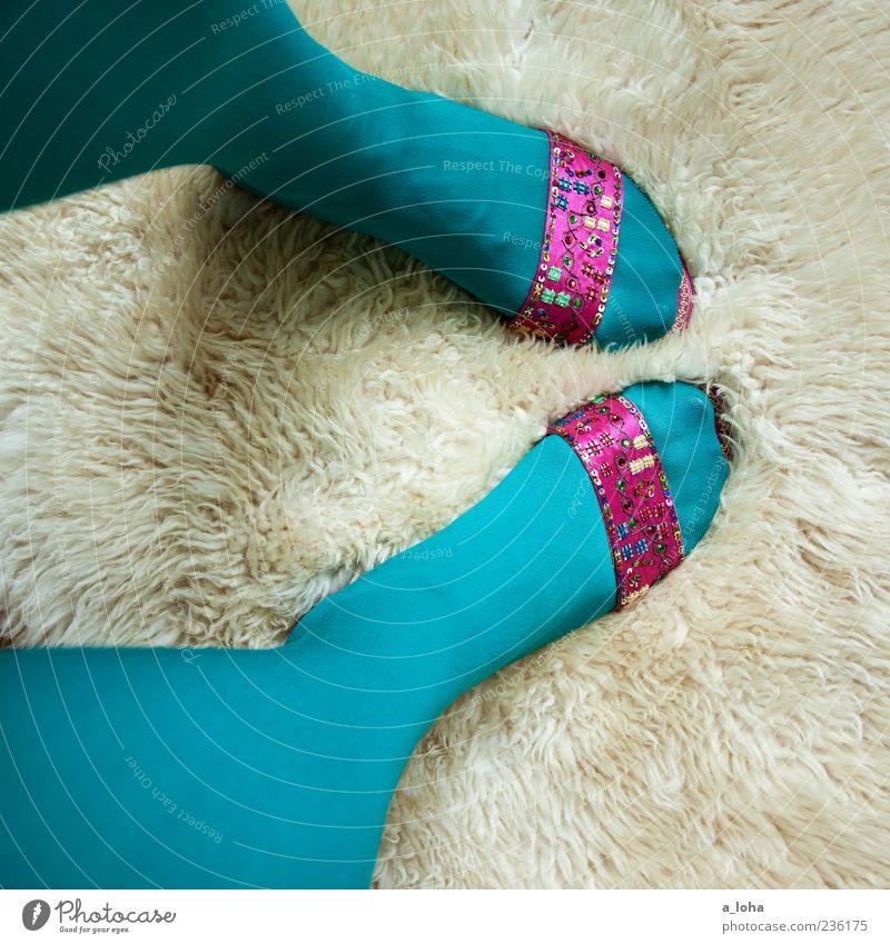 trashqueen Frau schön Erwachsene feminin Mode Fuß Schuhe rosa glänzend Design Stil stehen Lifestyle einzigartig türkis trashig