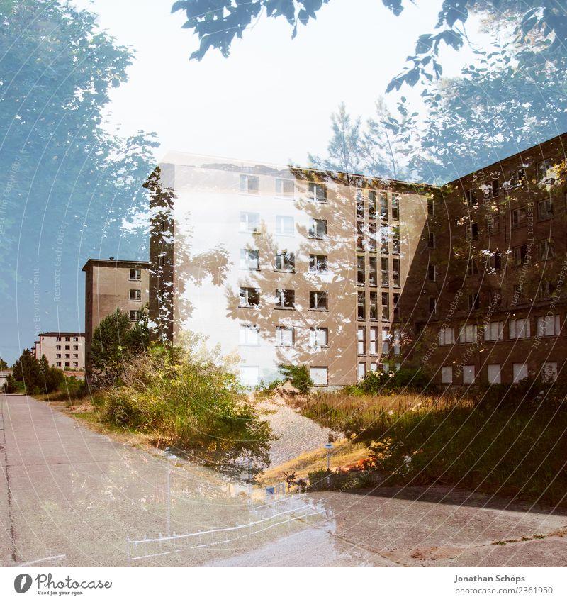verlassene Gebäude in Prora, Insel Rügen Erholung Haus Architektur Fassade Bauwerk Ostsee DDR schlecht Misserfolg Koloss Häuserzeile Badeort Skandal Binz