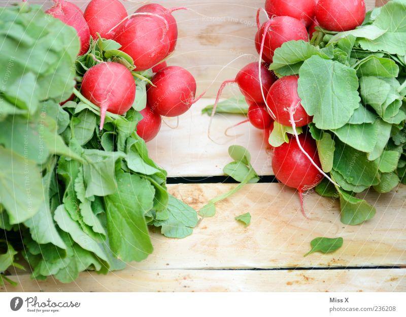 Rund & Rot rot Ernährung Lebensmittel Holz frisch rund Gemüse lecker Bioprodukte Vegetarische Ernährung Radieschen Holzkiste Rettich
