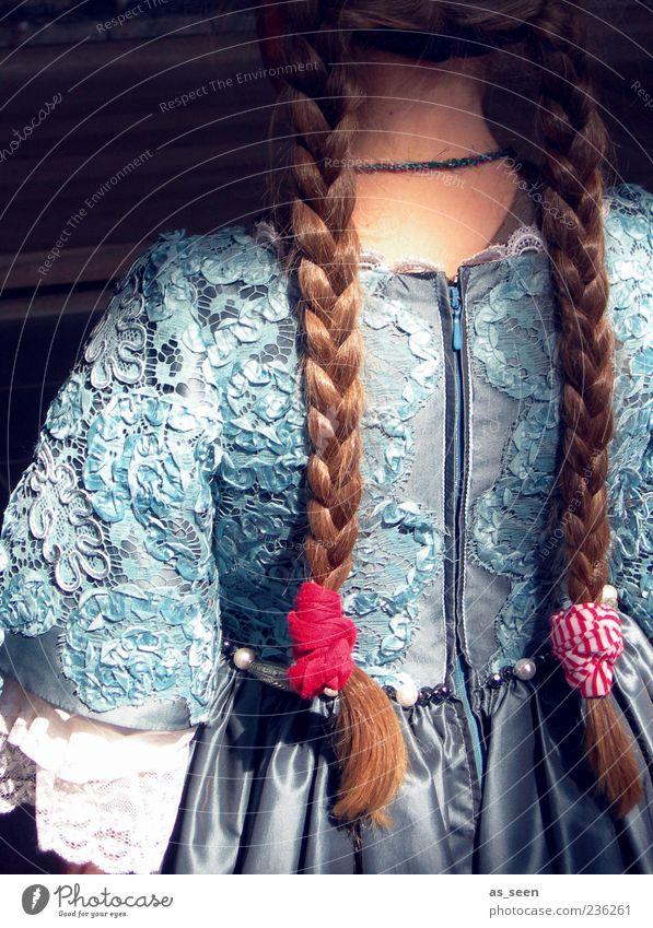 Zöpfe Mensch Kind blau rot Mädchen feminin Haare & Frisuren Mode Stimmung Kindheit blond Rücken ästhetisch Bekleidung Stoff Kleid