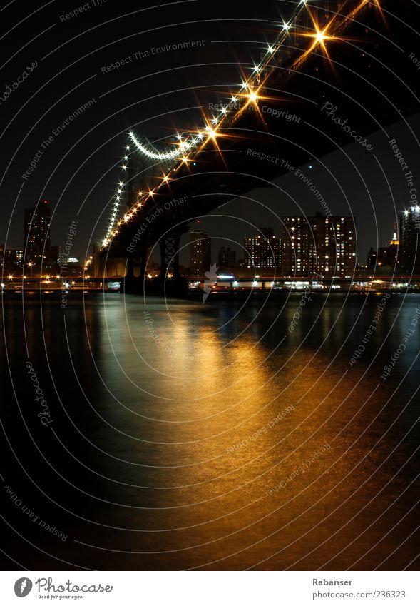 Manhattan Bridge Stadt Hochhaus Brücke Fluss Bankgebäude Skyline New York State New York City Illumination Hafenstadt Stadtrand Nachtaufnahme bevölkert