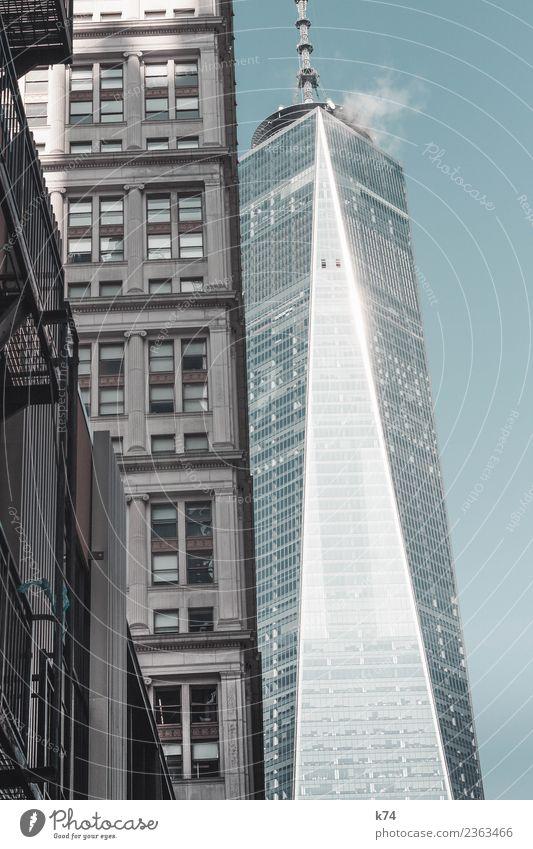 NYC - 1 WTC New York City USA Amerika Hauptstadt Stadtzentrum Menschenleer Hochhaus Gebäude Fassade Fenster Sehenswürdigkeit Wahrzeichen One World Trade Center
