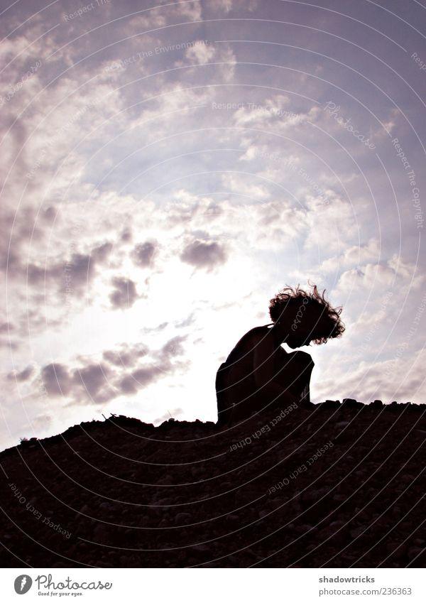 kindlich Frau Mensch Jugendliche schön ruhig Erwachsene Einsamkeit feminin Leben Haare & Frisuren klein Traurigkeit Stimmung Wetter Kindheit sitzen