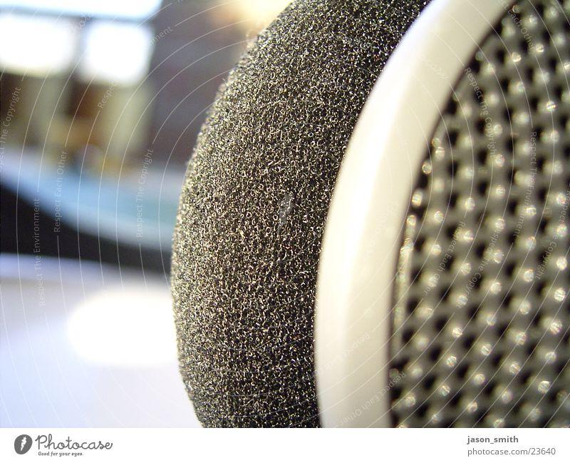 protect your ears Kopfhörer Schaumstoff Entertainment Makroaufnahme aufn balkon headphones Anschnitt