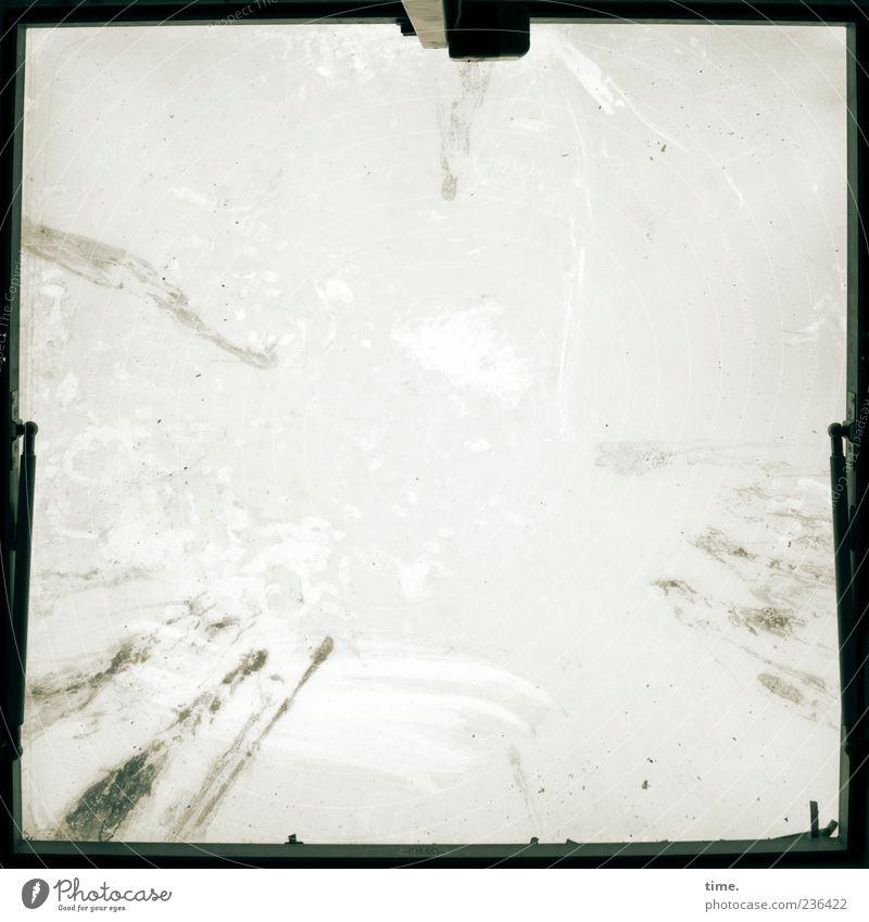 A Hole To See The Sky Through (Yoko Ono) Himmel Ferne Fenster Schnee Freiheit träumen Kunst Wohnung Zufriedenheit dreckig hoch Perspektive Unendlichkeit
