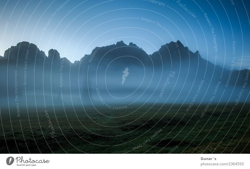 Morgenstimmung in den Bergen. Himmel Natur Ferien & Urlaub & Reisen Sommer Landschaft Erholung Ferne Berge u. Gebirge Umwelt Herbst Frühling Wiese Tourismus