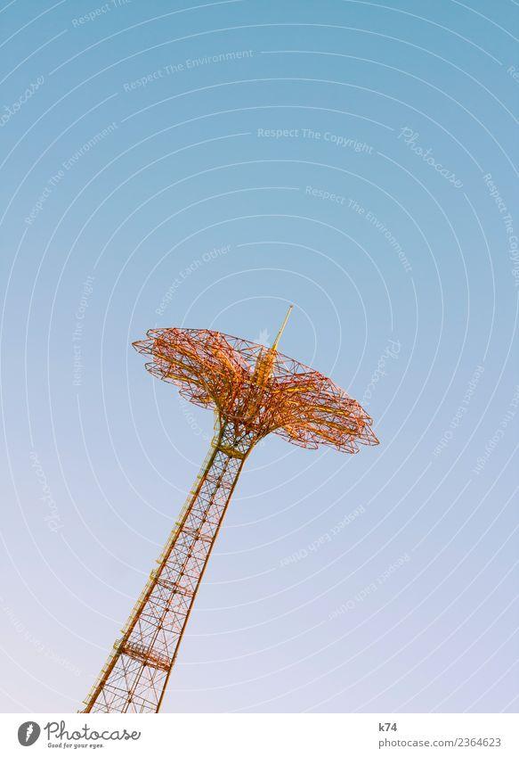 NYC - Luna Park Coney Island - Carousel 2 Freude Jahrmarkt Himmel Wolkenloser Himmel Metall ästhetisch frei gigantisch groß blau gelb orange Höhenangst
