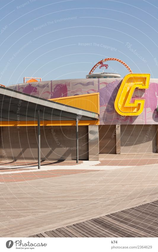 NYC - Luna Park Coney Island - C New York City USA Amerika Hauptstadt Stadtrand Architektur fantastisch Fröhlichkeit frisch hell positiv blau gelb rosa Freude