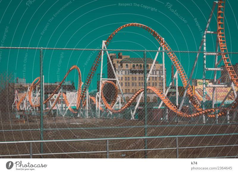 NYC - Luna Park Coney Island - Roller Coaster 2 New York City USA Hauptstadt Stadtrand Menschenleer Haus Achterbahn fahren ästhetisch außergewöhnlich verrückt