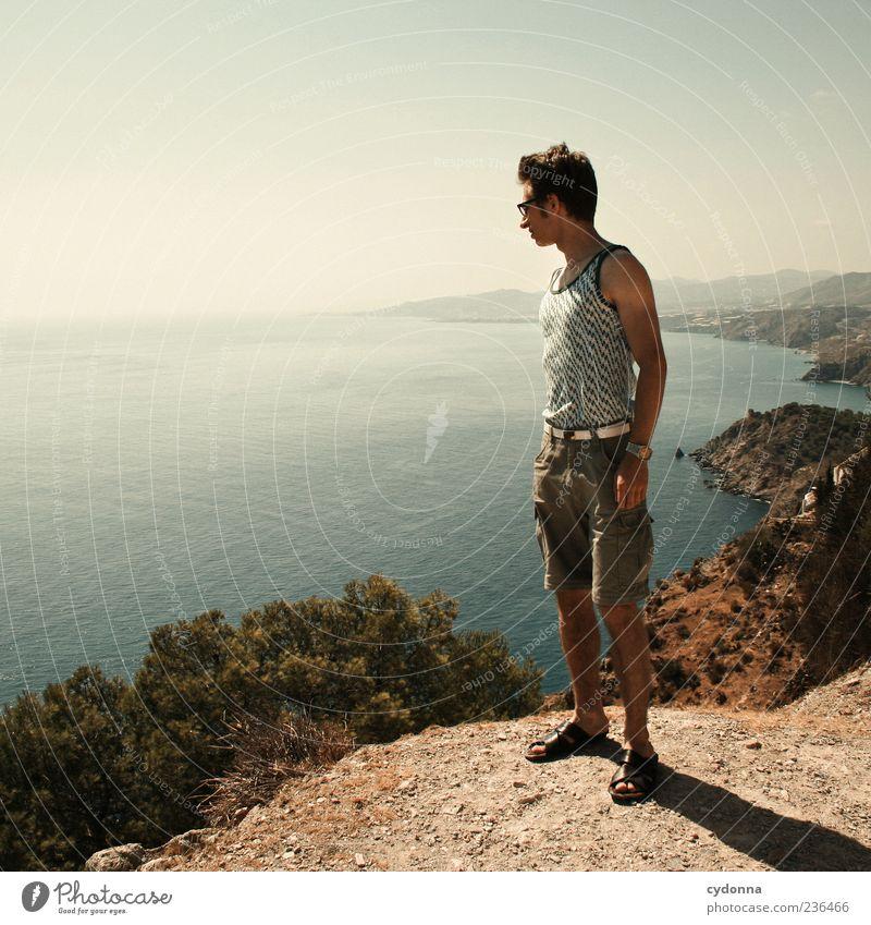 Überblick Himmel Natur Jugendliche Ferien & Urlaub & Reisen Meer ruhig Erwachsene Ferne Erholung Umwelt Landschaft Leben Berge u. Gebirge Wärme Freiheit Küste