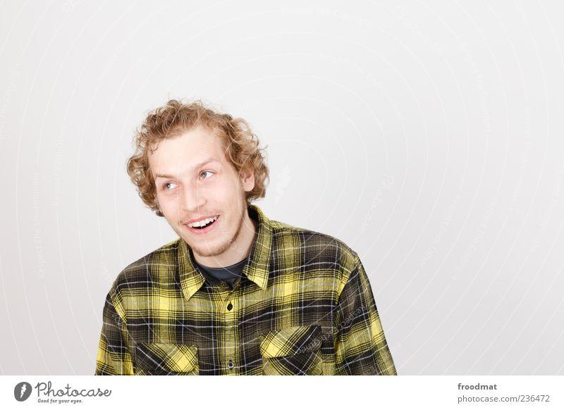 AHA Mensch maskulin Mann Erwachsene leuchten frech Fröhlichkeit frisch Glück Freude Vorfreude Begeisterung einzigartig Lebensfreude kariert Locken blond Lächeln