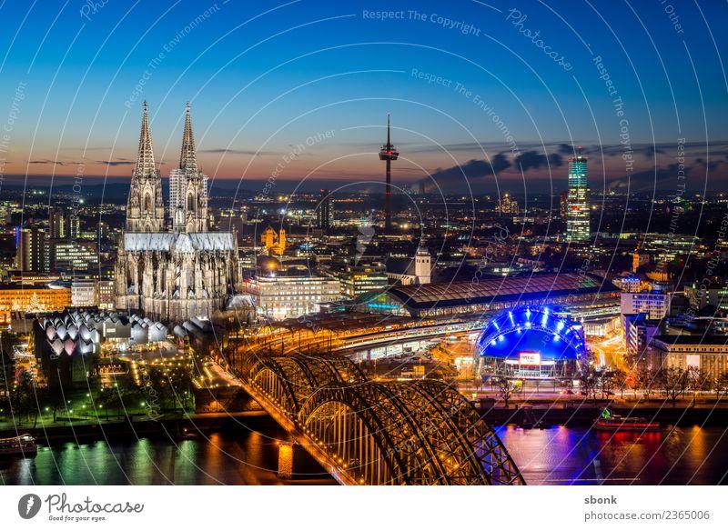 Kölner Abendkitsch Stadt Stadtzentrum Altstadt Skyline Dom Ferien & Urlaub & Reisen Deutschland Großstadt Cityscape Rhein Kölner Dom Farbfoto Außenaufnahme