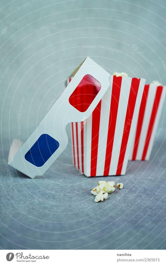 Retro 3D-Brille und Popcorn-Boxen Lebensmittel Popkorn Snack Essen Lifestyle Design Entertainment ausgehen Kunst Kultur Kino Filmindustrie Video Karton