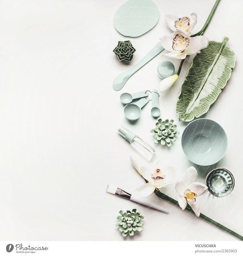 Moderne Kosmetische Hautpflege Zubehör   Ein Lizenzfreies Stock Foto Von  Photocase