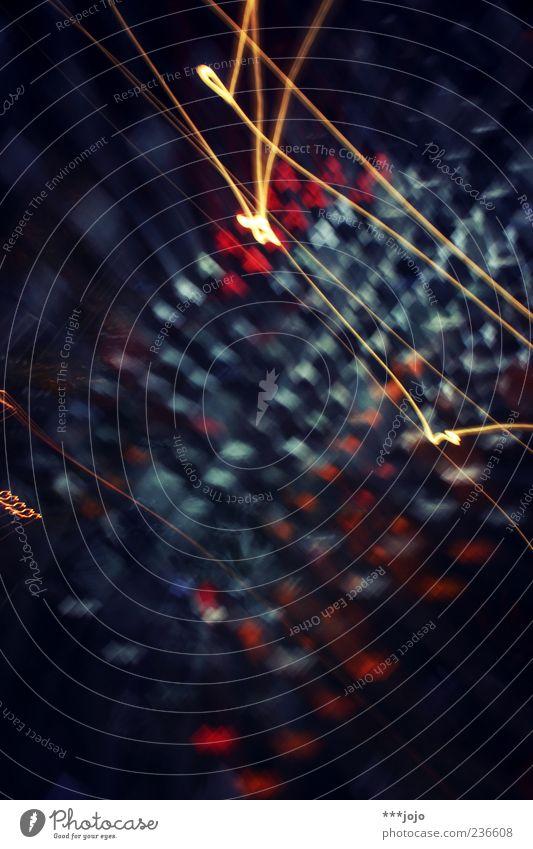 delirium. blau Farbe Bewegung Linie hell Glas leuchten Spuren chaotisch kariert Rausch Lichtpunkt Zoomeffekt Farbenspiel Leuchtspur Bewusstseinsstörung